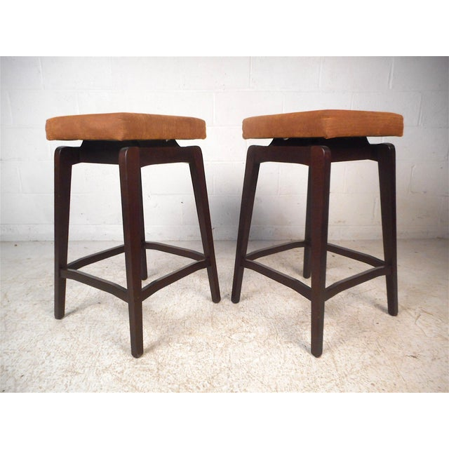Sensational Pair Of Contemporary Modern Italian Stools Bralicious Painted Fabric Chair Ideas Braliciousco