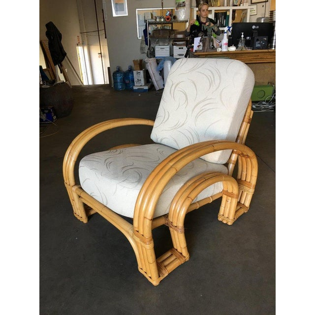 "1950s Restored ""Double Horseshoe"" Rattan Three-Strand Lounge Chair For Sale - Image 5 of 9"