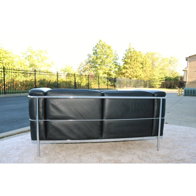 Metal 1980's Le Corbusier LC2 Jack Cartwright Black Leather Loveseat For Sale - Image 7 of 13