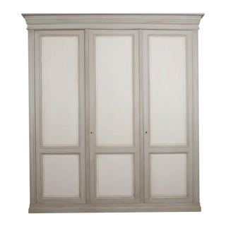 Early 20th Century French Louis XVI-Style Painted Pine Three-Door Wardrobe For Sale