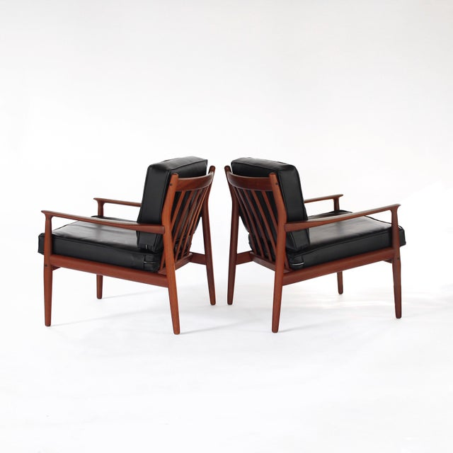 1960s Danish Modern Svend Åge Eriksen for Glostrup Møbelfabrik Teak Lounge Chairs - a Pair For Sale - Image 9 of 9