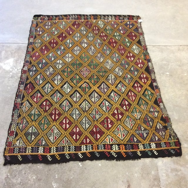 "1960's Turkish Kilim - 5'6""x8'1"" For Sale - Image 10 of 10"