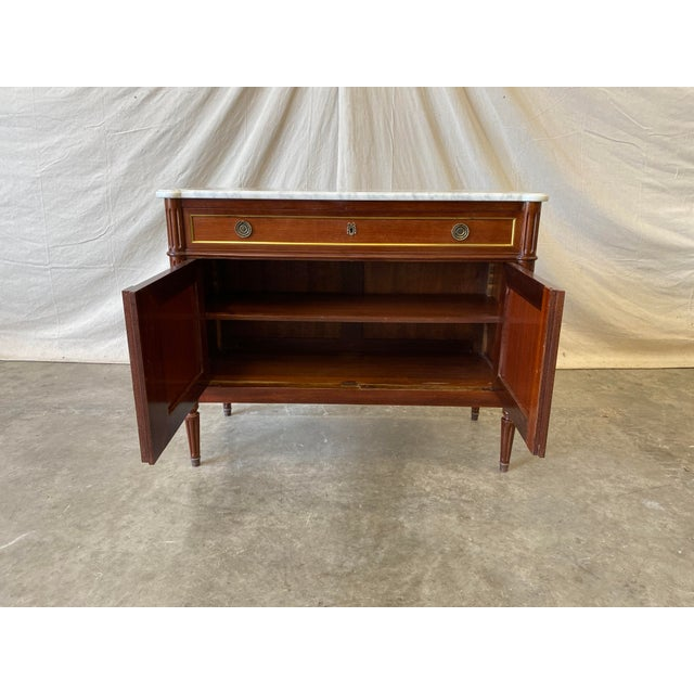 White Marble Top Italian Buffet - 19th C For Sale - Image 8 of 10