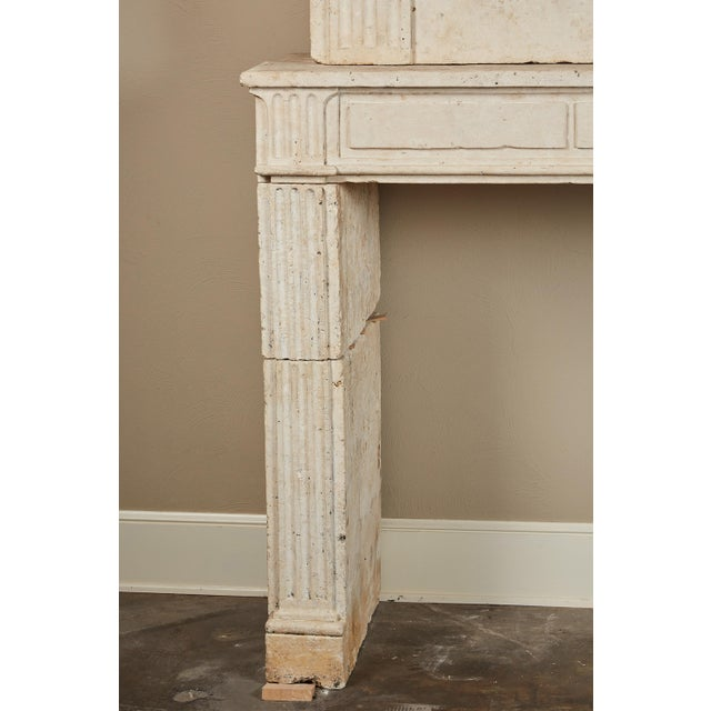 Early 18th Century 18th Century Neoclassical French Limestone Fireplace Surround For Sale - Image 5 of 9