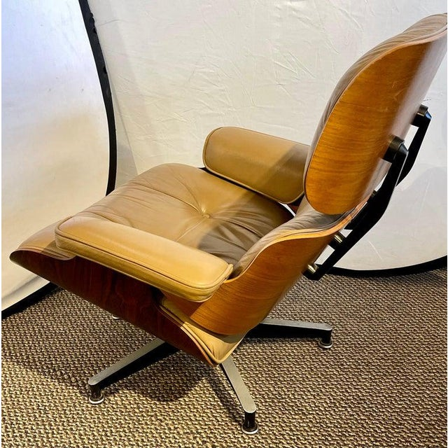 1950s Charles Eames, Herman Miller Midcentury Chair and Ottoman For Sale - Image 5 of 13