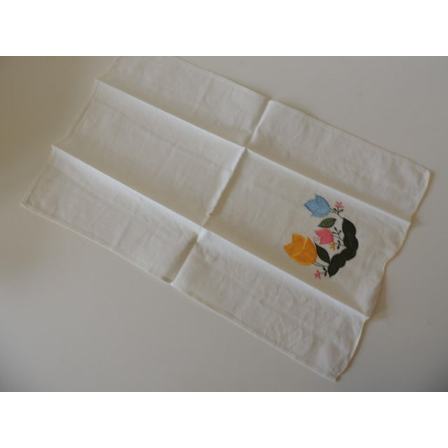 Traditional Vintage Green and Yellow Embroidered Bathroom Guest Towel For Sale - Image 3 of 5