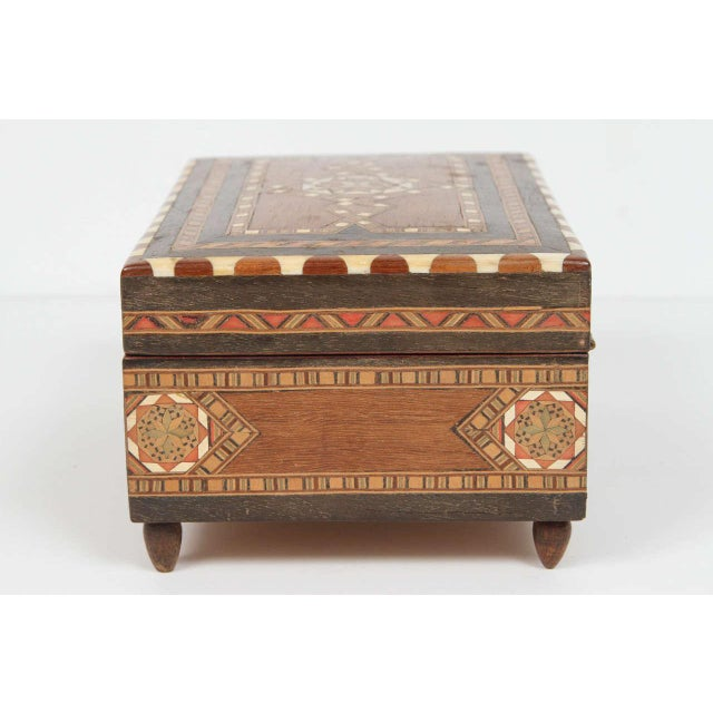 Early 20th Century Spanish Inlaid Marquetry Jewelry Music Box For Sale - Image 5 of 10