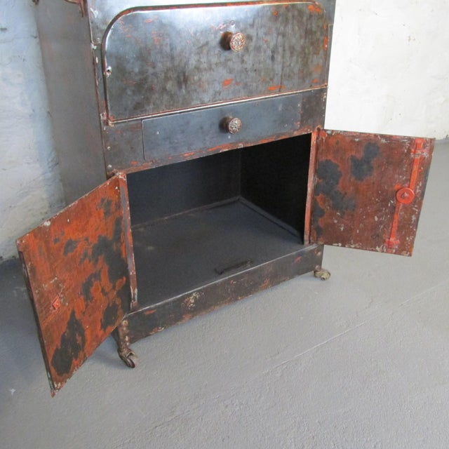 Gray Antique Riveted Steel Campaign Style Vanity and Wash Basin For Sale - Image 8 of 13