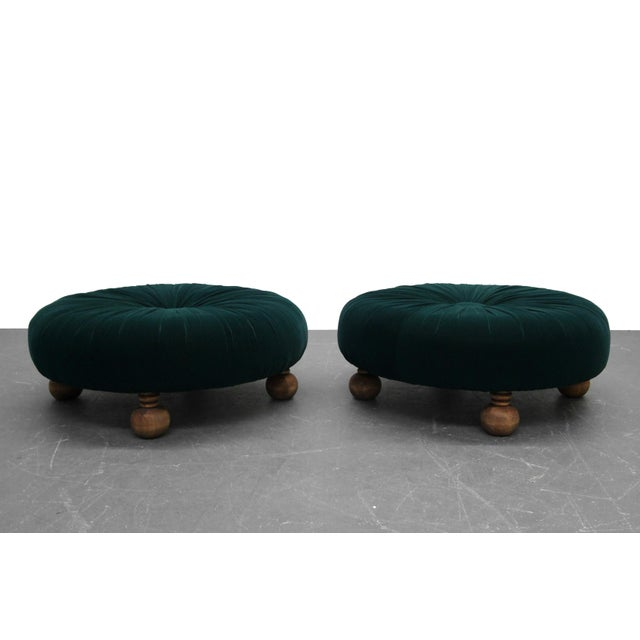 Traditional Antique Emerald Green Velvet Round Button Pleated Ottomans - A Pair For Sale - Image 3 of 7