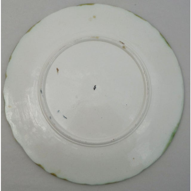French Majolica Daisy Plate For Sale - Image 3 of 3