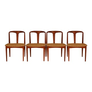 Johannes Andersen Danish Teak Mid Century Juliane Dining Chairs For Sale