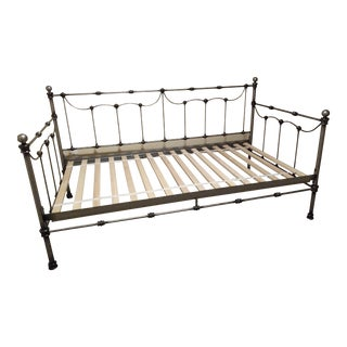 Pottery Barn Savannah Iron Daybed- Trundle Capability For Sale