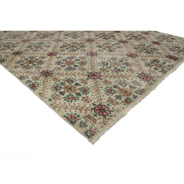 """French Country 20th Century Turkish Sivas Rug - 6'5"""" X 9'7"""" For Sale - Image 3 of 5"""