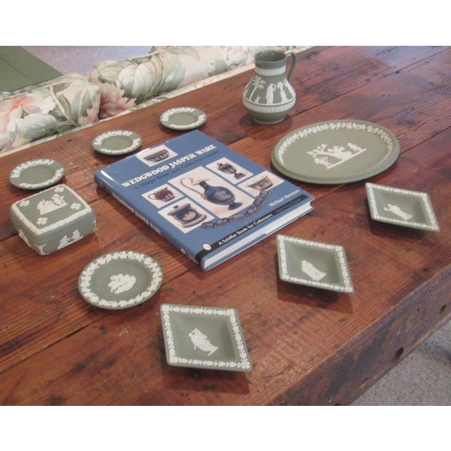 Beautiful Wedgwood Jasperware Collection & Serving Book Set - Image 3 of 8