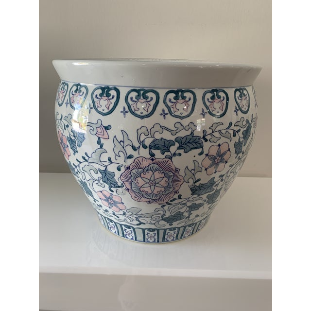 1970s Chinoiserie Porcelain Vase For Sale - Image 9 of 9
