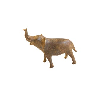 Vintage African Medium Bronze Speckled Elephant For Sale