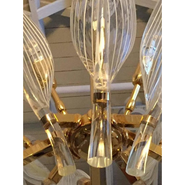 1970s Italian Seguso Murano Glass and Brass Eight-Leaf Cattail Chandelier For Sale - Image 5 of 7