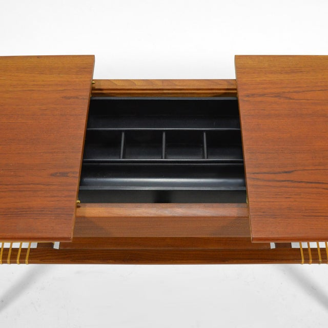 1960s Danish Teak Extension Coffee Table For Sale - Image 5 of 13