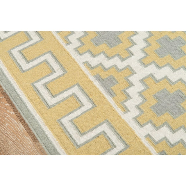 Contemporary Erin Gates by Momeni Thompson Brookline Gold Hand Woven Wool Area Rug - 7′6″ × 9′6″ For Sale - Image 3 of 8