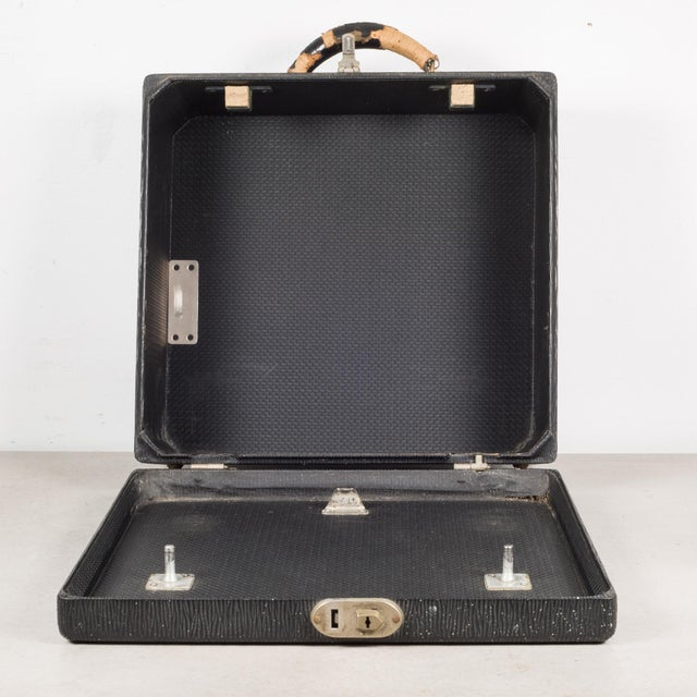 Antique Underwood Universal Portable Four Bank Typewriter C.1935 For Sale - Image 11 of 12