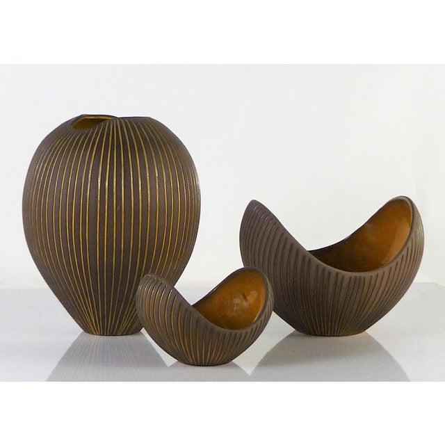 Hjordis Oldfors, Set of 3 Modern Earthenware Kokos / Coconuts Vessels From Upsala-Ekeby, Sweden 1954 For Sale - Image 13 of 13