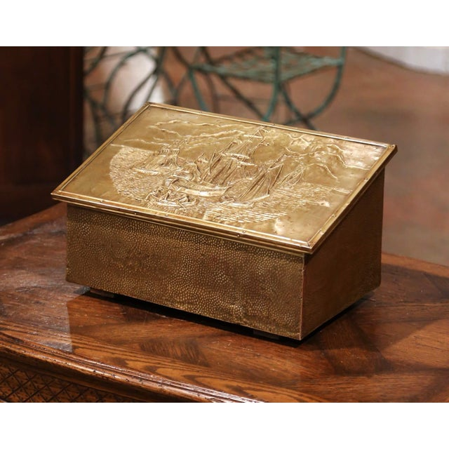 Brass Early 20th Century French Repousse Brass and Wooden Box With Sailboats Decor For Sale - Image 8 of 8