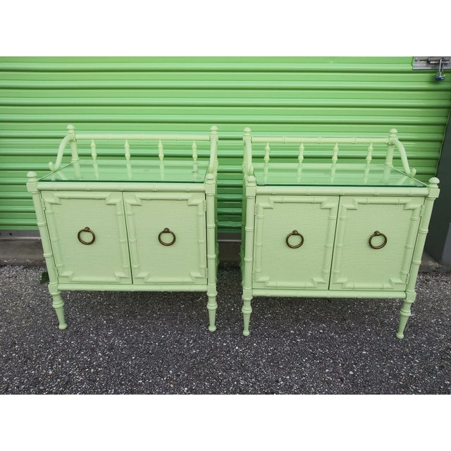 1950s Vintage Nightstands the Kensington Collection -A Pair For Sale - Image 9 of 12