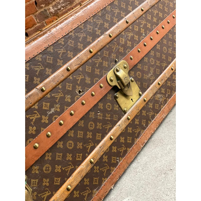 Louis Vuitton Steamer Trunk Wardrobe Trunk Chest France, circa 1920 For Sale - Image 12 of 13