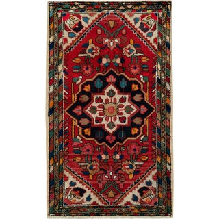 "Vintage Persian Hamadan Rug – Size: 2' 5"" X 4' 1"" For Sale"