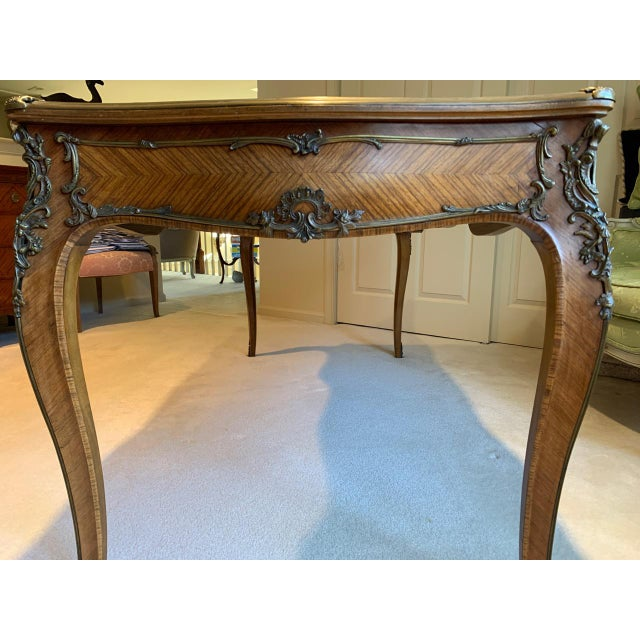 Metal Louis XV Style Kingwood Veneer and Brass Mounted Writing Desk For Sale - Image 7 of 12