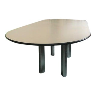 Minimalist Joseph D'Urso for Knoll Conference Table For Sale