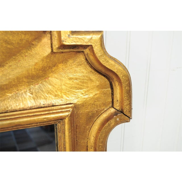 1950s Italian Carved Wood Gold Scroll Shell Form Wall Console Decorator Mirror - Image 4 of 9