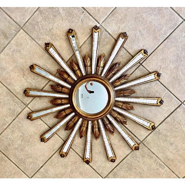 1950s Large Italian Convex Sunburst Giltwood Wall Mirror For Sale - Image 12 of 12