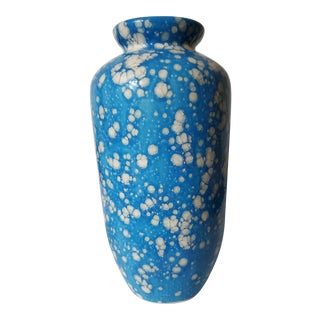 Vintage Blue and White Speckled Vase For Sale