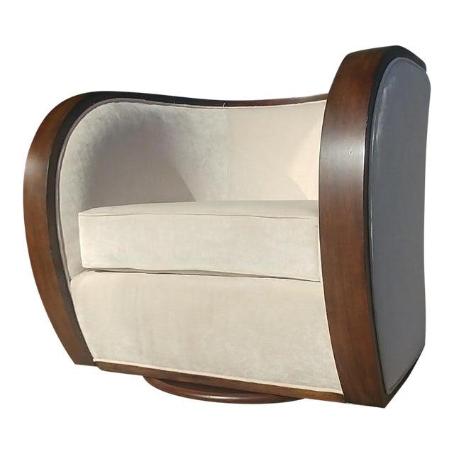 Thomasville Furniture Ernest Hemingway Partaga Swivel Accent Chair For Sale
