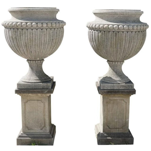 Early 20th Century Italian Garden Limestone Urns - a Pair For Sale - Image 4 of 5