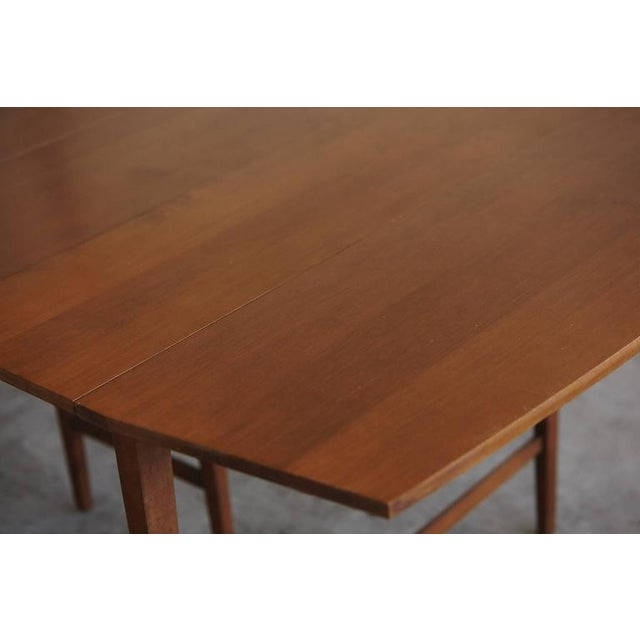 Extendable Drop-Leaf Maple Dining Table by Paul McCobb for Planner Group For Sale - Image 9 of 10