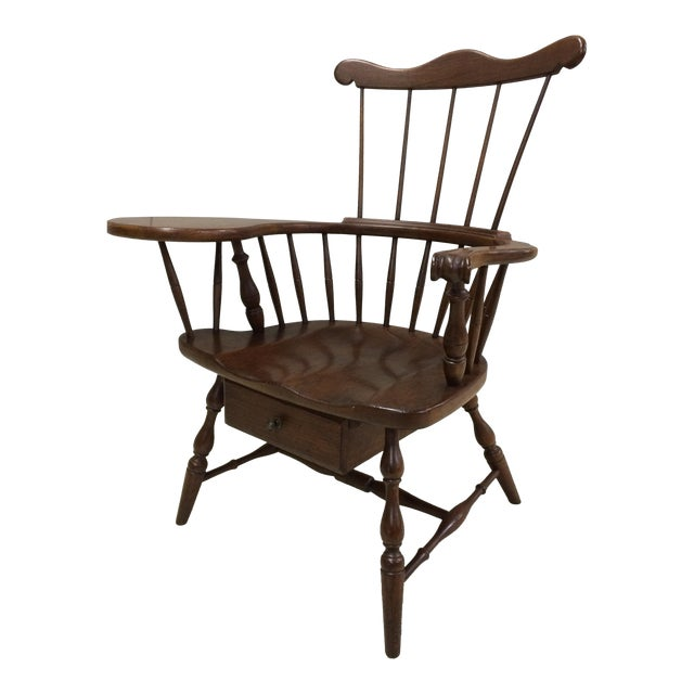 Pennsylvania House Comb Back Windsor Writing Chair For Sale