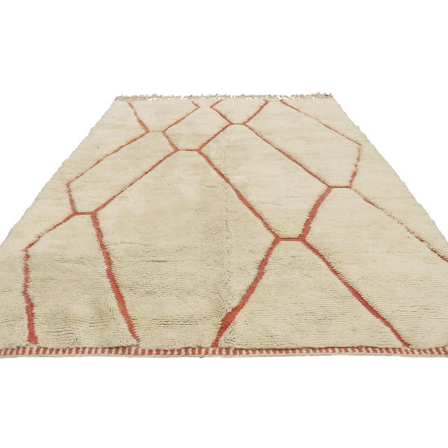 Mid-Century Modern Organic Modern Style Berber Moroccan Rug - 05'05 X 07'02 For Sale - Image 3 of 10
