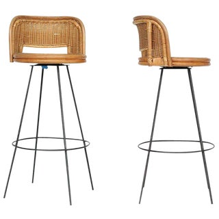 Seng of Chicago Swivel Wicker and Iron Bar Stools, Pair For Sale