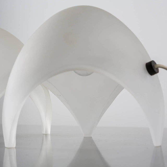 "White Pair of ""Coque"" Table Lamps by Elio Martienelli for Martinelli For Sale - Image 8 of 11"
