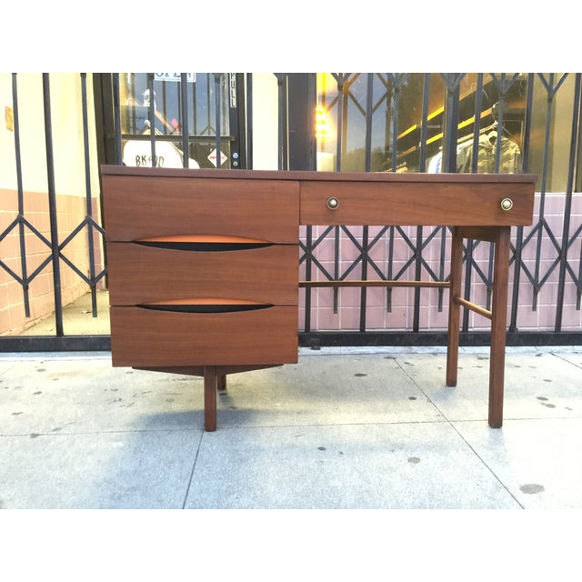 Mid Century Desk With Minimal Color Detailing - Image 3 of 7