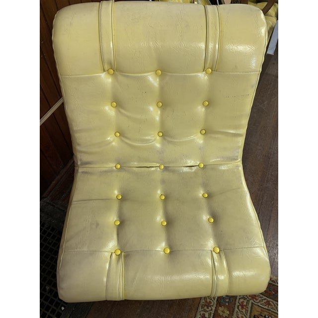 Mid Century Fiberglass Yellow Modern Wave Lounge Chair For Sale - Image 4 of 10