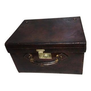 Vintage Square Leather English Hat Box For Sale