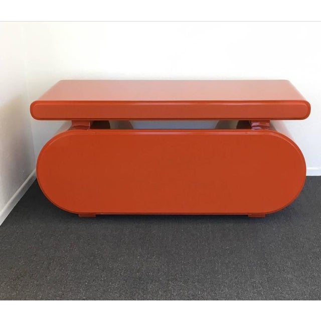 High Gloss Lacquered Scuptural Desk from the 1960s For Sale - Image 4 of 9