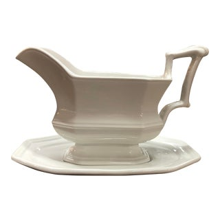 1950s Red Cliff Ironstone Gravy Boat For Sale