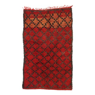 Vintage Berber Red Moroccan Rug - 05'07 X 09'02 For Sale