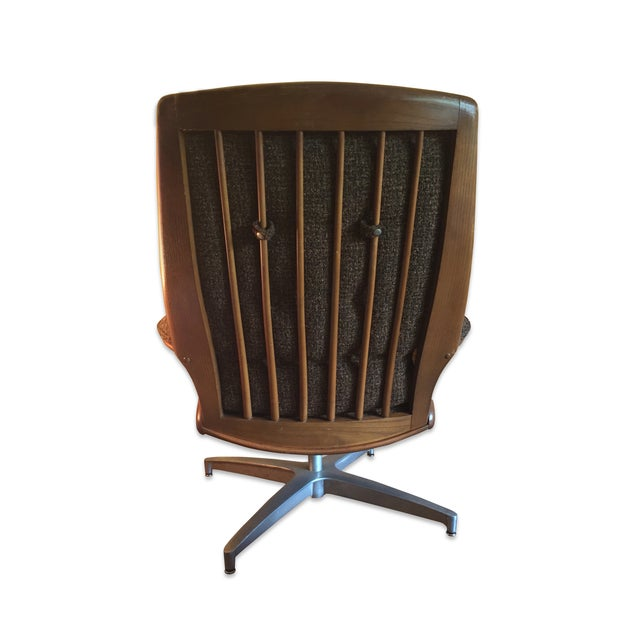 Heywood-Wakefield Heywood Wakefield Lounge Chair and Ottoman For Sale - Image 4 of 4
