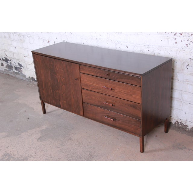Winchendon Furniture Company Paul McCobb Perimeter Group Birch Credenza, Newly Restored For Sale - Image 4 of 13