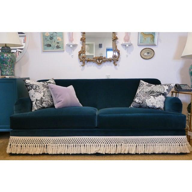 "Old fashioned, navy, velvet couch with 7"" Bullion cotton trim detailing. Designers guild- Varese Velvet - Plain Cotton..."
